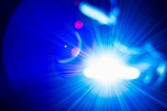 L'opérateur léger intense de soudure virtuel et brillant photos stock