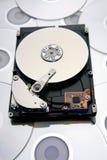 L'ordinateur dur-pilotent sur des disques Images libres de droits