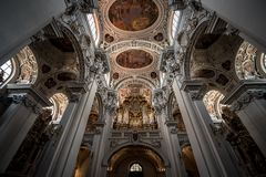 L'organe dans la cathédrale Allemagne de Passau photo stock