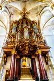 L'organo del XVIII secolo di Schnitger all'interno della chiesa romanica di St Michael del XIII secolo in Zwolle fotografie stock libere da diritti