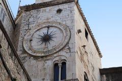L'orologio antico della torre nella spaccatura, Croazia Immagine Stock Libera da Diritti
