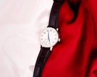 L'orologio meccanico degli uomini immagine stock