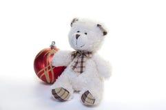 L'ours de nounours et les décorations de Noël photo libre de droits