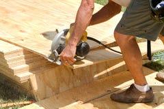 L'potenza del carpentiere ha veduto Fotografie Stock