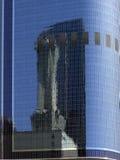 L.A. - Reflexión en skyscrape Foto de archivo