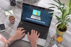 L?senord skyddat begrepp p? en b?rbar dator fotografering för bildbyråer