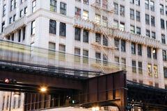 L tren en Chicago imágenes de archivo libres de regalías