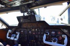 L-410 Turbolet飞机座舱 免版税库存图片