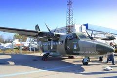 L-410 Turbolet statische Anzeige Lizenzfreies Stockbild
