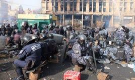 L'Ucraina, Kiev La via protesta a Kiev sul Maidan, polizia stanca Immagine Stock Libera da Diritti