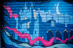 L'Ucraina, Leopoli il 9 gennaio 2015: graffiti, arte della via sulle pareti delle costruzioni nella città Fotografie Stock
