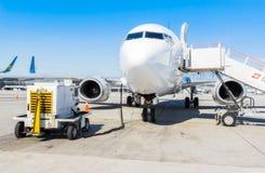 L'Ukraine, Borispol - 22 mai : Le vol de Boeing 737 à l'aéroport international Boryspil le 22 mai 2015 dans Borispol, Ukraine Images libres de droits