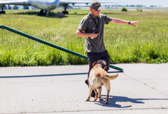 L'Ukraine, Borispol - 22 mai : Poursuivez l'aéroport international de Boryspil de service le 22 mai 2015 dans Borispol, Ukraine Images libres de droits