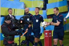 L'Ukraine et la Slovénie Barrage 2016 d'EURO de l'UEFA Photos libres de droits