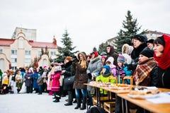 l'ukraine LVIV - 14 JANVIER 2016 : Scène de nativité de Noël Photos stock