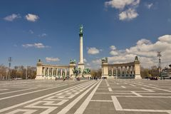 L'Ungheria - Budapest - monumento di millennio con i collonades sull'eroe Immagini Stock