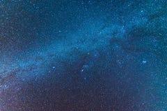 L'univers de manière laiteuse a rempli d'espace du d'étoiles, de nébuleuse et de galaxie images libres de droits
