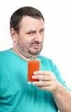 L'uomo è disgustato dalla bevanda antiossidante Immagini Stock