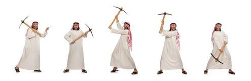 L'uomo arabo con la piccozza da ghiaccio isolata su bianco fotografia stock libera da diritti