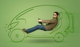 L'uomo conduce un'automobile disegnata a mano elettrica friendy di eco Immagine Stock Libera da Diritti