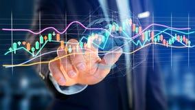 L'uomo d'affari che tiene un 3d rende le informazioni di dati di commercio di borsa valori Immagini Stock Libere da Diritti