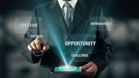 L'uomo d'affari con il concetto dell'ologramma dell'innovazione sceglie il successo dalle parole royalty illustrazione gratis