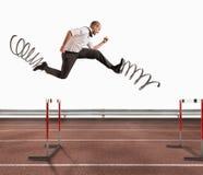 L'uomo d'affari veloce sormonta e raggiunge il successo rappresentazione 3d Immagine Stock Libera da Diritti