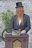 L'uomo del hurdy-gurdy Immagine Stock