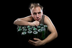 L'uomo di un genere non sano dopo potabile giorno b Fotografie Stock Libere da Diritti
