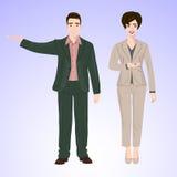 L'uomo e la donna sorridenti nello stile dell'ufficio durano Fotografia Stock
