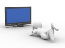 L'uomo guarda la TV su priorità bassa bianca Immagine Stock Libera da Diritti