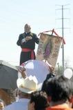 L'uomo impersonates il Hidalgo di Miguel durante la protesta Fotografia Stock