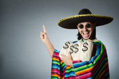L'uomo messicano con i sacchi dei soldi Fotografia Stock