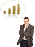 L'uomo sta pensando alla crescita di reddito Fotografia Stock Libera da Diritti