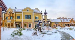 L'uomo sulla bicicletta d'annata Fotografie Stock Libere da Diritti