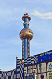 L'usine de chauffage urbain à Vienne a conçu par Friedensreich Hundertwasser photos stock
