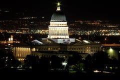 L'Utah Campidoglio che sviluppa @ notte Fotografia Stock Libera da Diritti