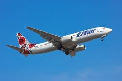 L'UTair-Ucraina Boeing 737 Immagine Stock