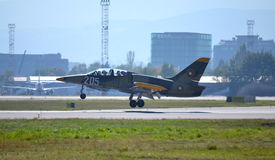 L-39ZA ALBATROS, das Sofia-Flughafen landet Lizenzfreies Stockfoto