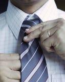 Laço de homem de negócio Fotografia de Stock