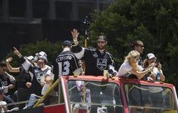 LA史丹利杯国王2014年胜利游行的,洛杉矶,加利福尼亚,美国杰克Muzzin 免版税库存照片