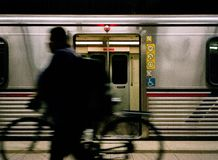 LA地铁的通勤者骑自行车者 图库摄影