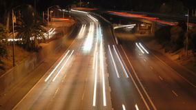 LA城市交通在晚上- Timelapse