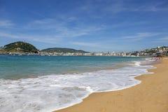 La外耳海滩在San Sebastian,西班牙 图库摄影