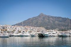 La外耳, Puerto Banus,太阳海岸,西班牙 免版税库存照片