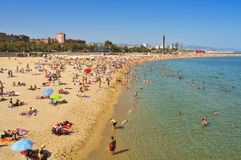 La新星Icaria海滩,在巴塞罗那,西班牙 免版税库存图片
