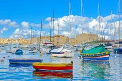 La瓦莱塔美丽的小游艇船坞,马耳他地标,旅行欧洲 免版税库存照片