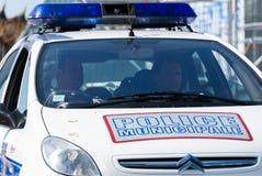 La防御,法国- 2007年5月02日:法国警察巡逻分配到监视保证公民的安全b的 免版税库存照片