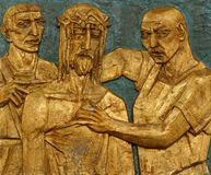 la 10ème station de la croix, Jésus est dépouillée de ses vêtements Image libre de droits