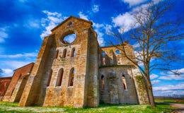 La abadía antigua de San Galgano, Italia, es un ejemplo mirable de Imágenes de archivo libres de regalías